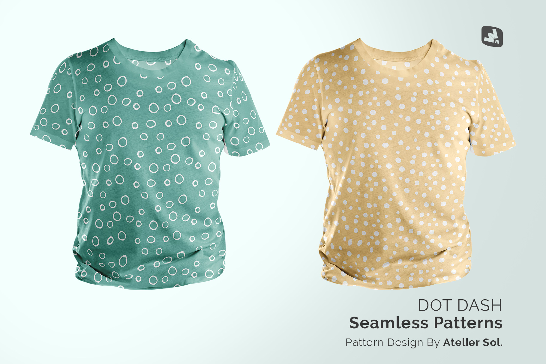 designer's credit of the men's round collar tshirt mockup